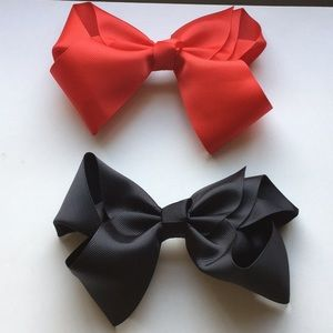 Other - Hair bows clips.